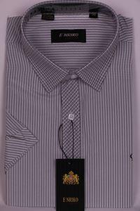 Изображение Классическая рубашка в полоску с воротником в клетку
